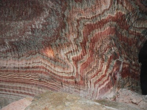 La bellesa de l'interior d les Mines de Súria: milions d'anys de sediments salins